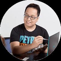 Ray - Graphics Creative Director in Prime Label Studios